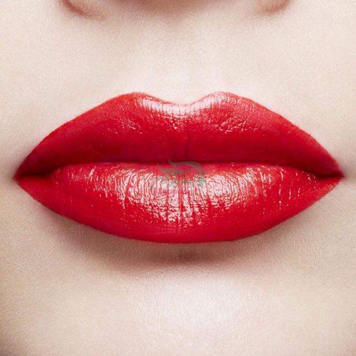 L'Oreal Intense LipStick