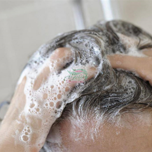 2107847184783561961981761136259151253112 - کف شامپو موها را تمیزتر می کند.
