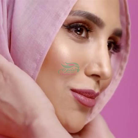 122eec4853444fd7832b1b1bd79a7057 18 - اولین سخنگوی تبلیغاتی با حجاب در لورال