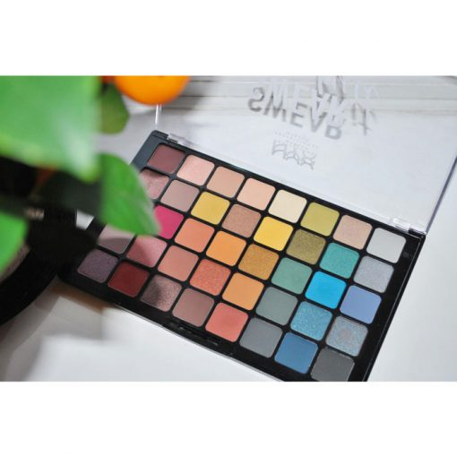 NYX-Professional-Makeup-Swear-By-It-EyeShadow-Palette-min