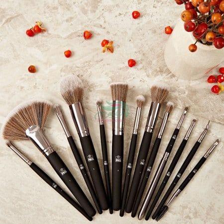 BH-Cosmetics-StudioPro-Brush-Set-13-Piece-Brush-Set-min