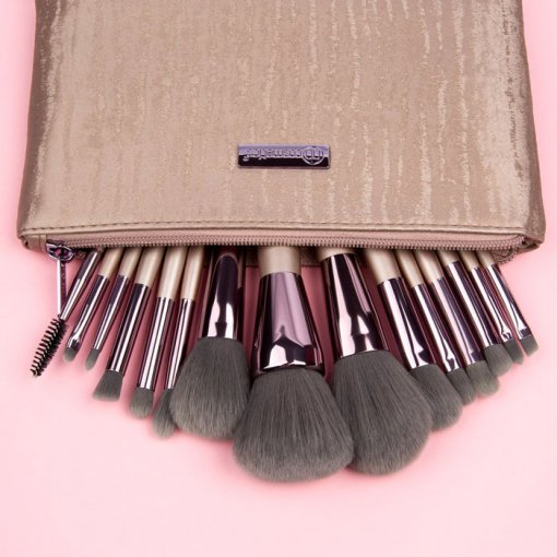 BhCosmetics-Lavish-Elegance-15Piece-Brush-Set-with-Bag-min