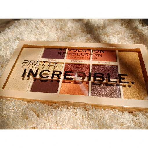 Revolution-Pretty-Incredible-Eye-Palette-min