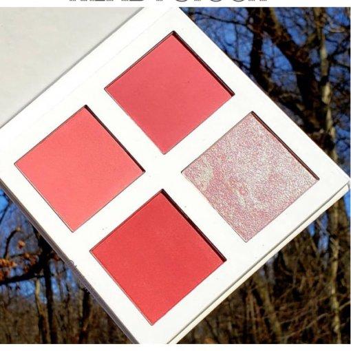 Revolution-Pro-4-K-Blush-Palette-Pink.-min