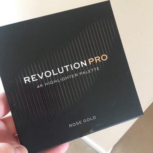 Revolution-Pro-4K-Highlighter-Palette-Rose-Gold-min