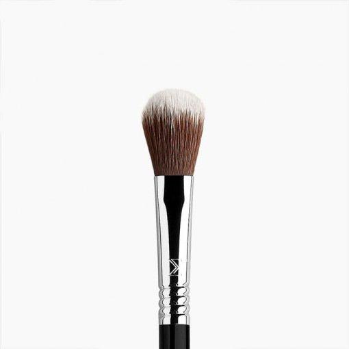 Sigma-F-03-Cheekbone-Highlighter-Brush-min